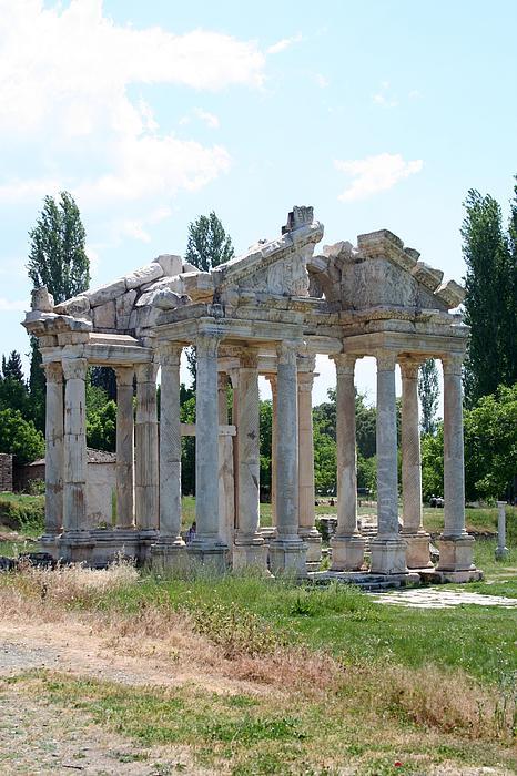 The Four Roman Columns Of The Ceremonial Gateway Print by Tracey Harrington-Simpson