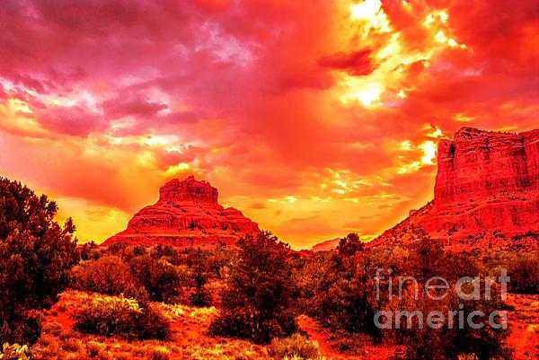 Bob and Nadine Johnston - The Golden Hour Bell Rock Vortex Arizona
