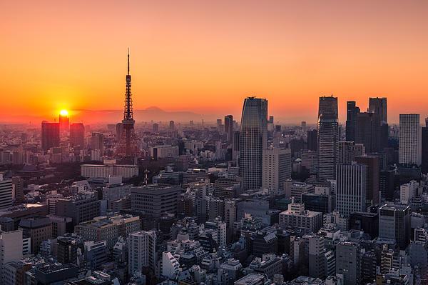 Tokyo 10 Print by Tom Uhlenberg