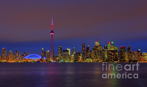 Toronto By Night... Print by Nina Stavlund
