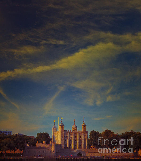 Tower Of London Print by Paul Grand