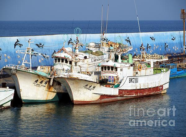 Traditional Chinese Fishing Boats Print by Yali Shi