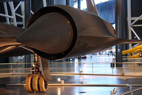 Udvar-hazy Center - Smithsonian National Air And Space Museum Annex - 121231 Print by DC Photographer