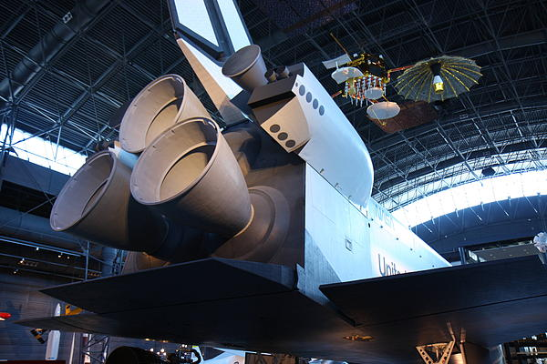 Udvar-hazy Center - Smithsonian National Air And Space Museum Annex - 121272 Print by DC Photographer