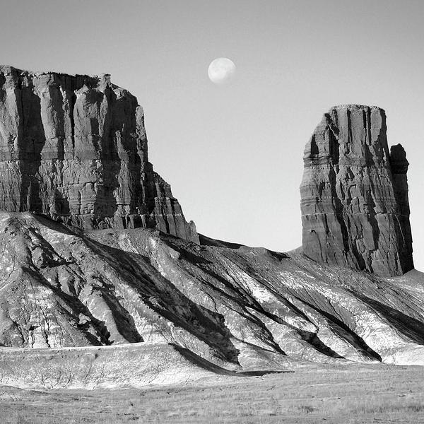 Utah Outback 21 Print by Mike McGlothlen