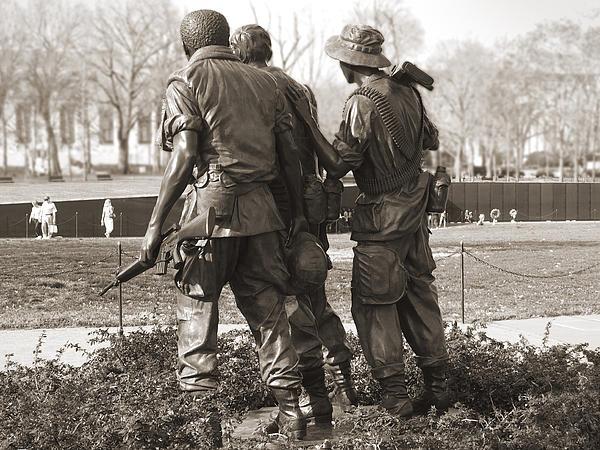 Vietnam Veterans Memorial - Washington Dc Print by Mike McGlothlen