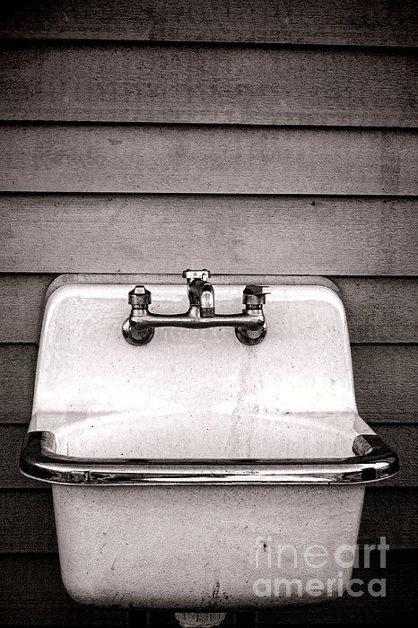 Vintage Sink Print by Olivier Le Queinec