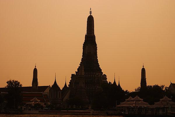 Wat Arun Print by Adam Romanowicz