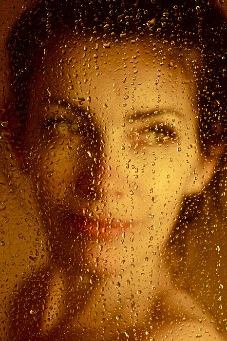 Andrzej Goszcz  - Yellow mellow beautiful women . Viewed 1053 Times.