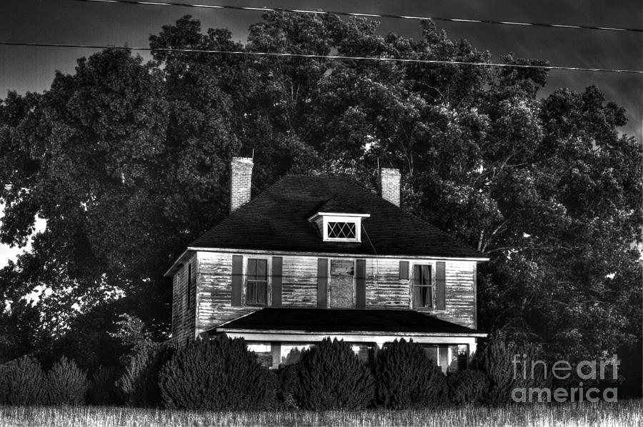 Abandoned Mansion Photograph  -  Abandoned Mansion Fine Art Print