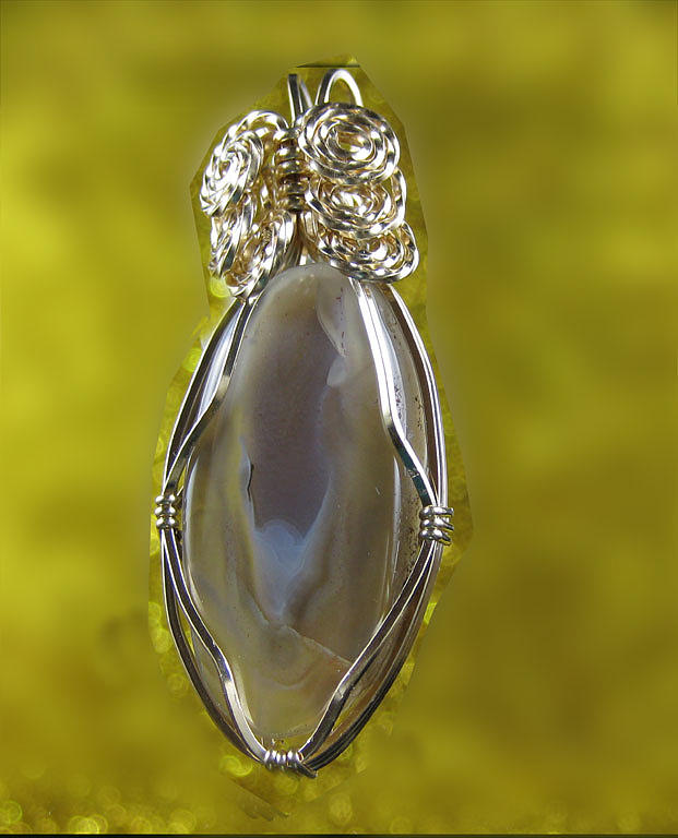 Pendant Jewelry - 0252 Agate Vase by Dianne Brooks
