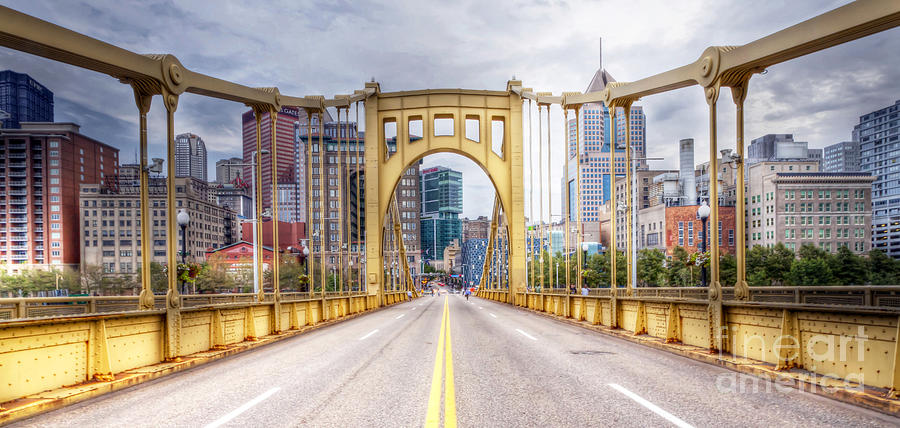 0305  Pittsburgh 10 Photograph