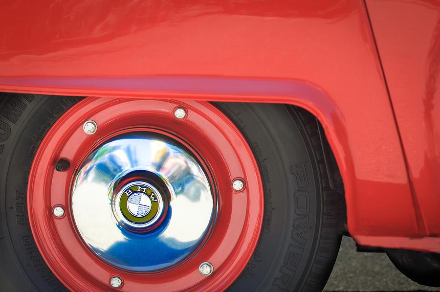 1958 Bmw Isetta 300 Wheel Emblem Photograph - 1958 Bmw Isetta 300 Wheel Emblem by Jill Reger