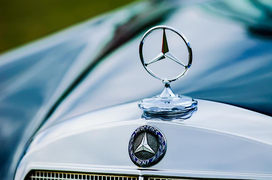 1958 mercedes benz 220s cabriolet hood ornament emblem for Mercedes benz hood ornament