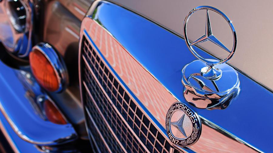 1971 mercedes benz 280se 3 5 cabriolet hood ornament for Mercedes benz christmas ornament