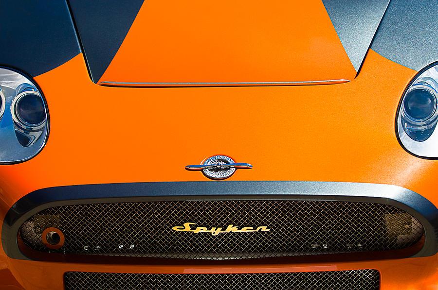 2009 Spyker C8 Laviolette Lm85 Grille Emblem Photograph