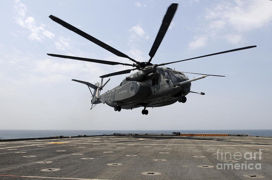 An Mh-53e Sea Dragon Prepares To Land Photograph