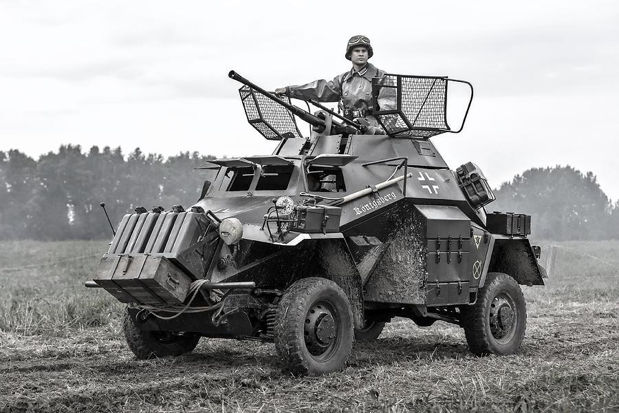 armored car sdkfz 222 related keywords armored car sdkfz 222 long tail keywords keywordsking. Black Bedroom Furniture Sets. Home Design Ideas