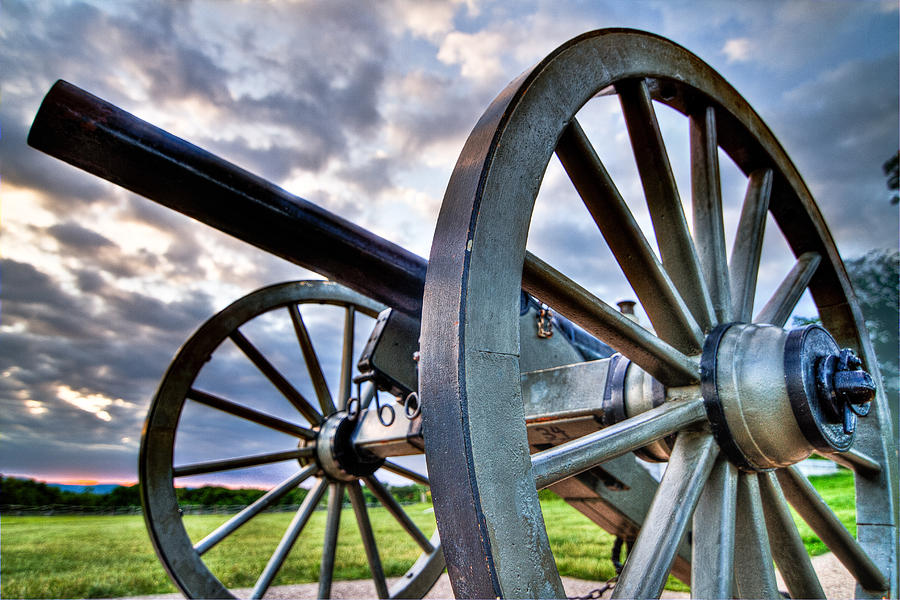 Abraham Photograph - Cannon Over Gettysburg by Andres Leon