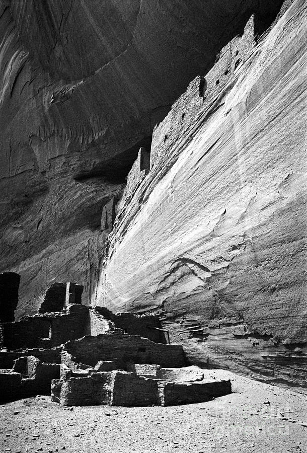 Canyon De Chelly Photograph - Canyon De Chelly by Steven Ralser