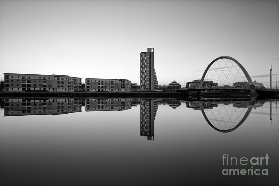 Clyde Arc Photograph