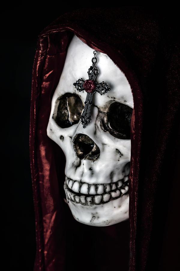 Skull Photograph - Dead Knight by Joana Kruse