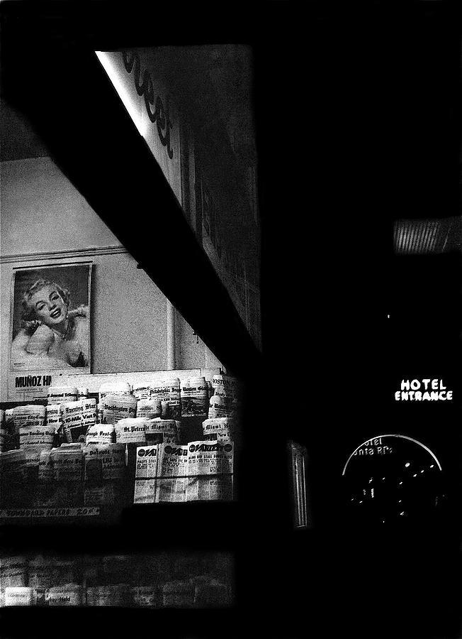 Film Noir Marilyn Monroe Niagra 1953 Roskruge And Santa Rita ...
