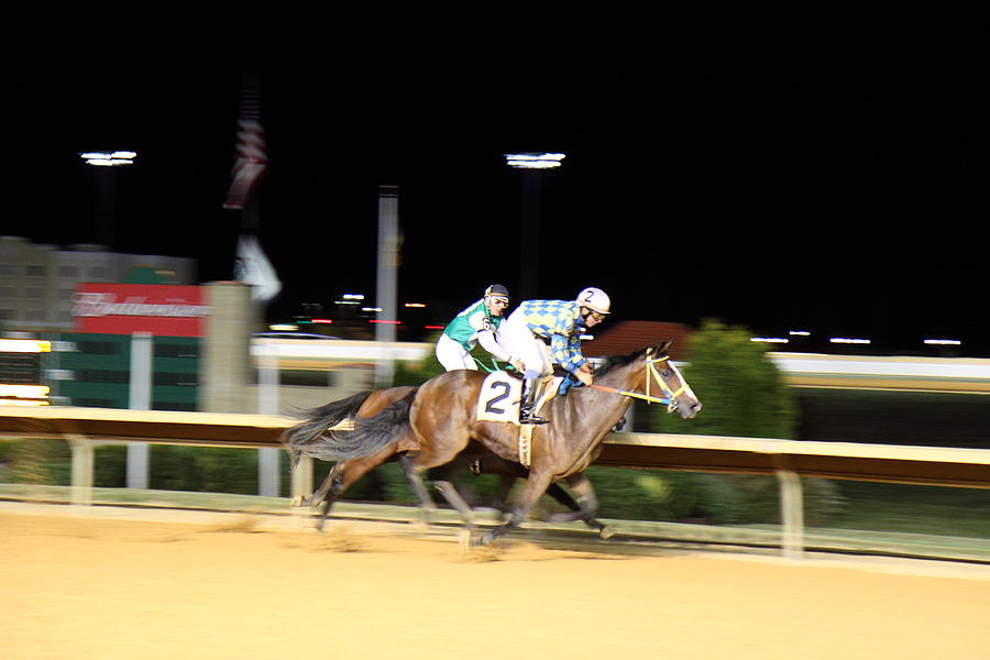 Hollywood casino charles town races