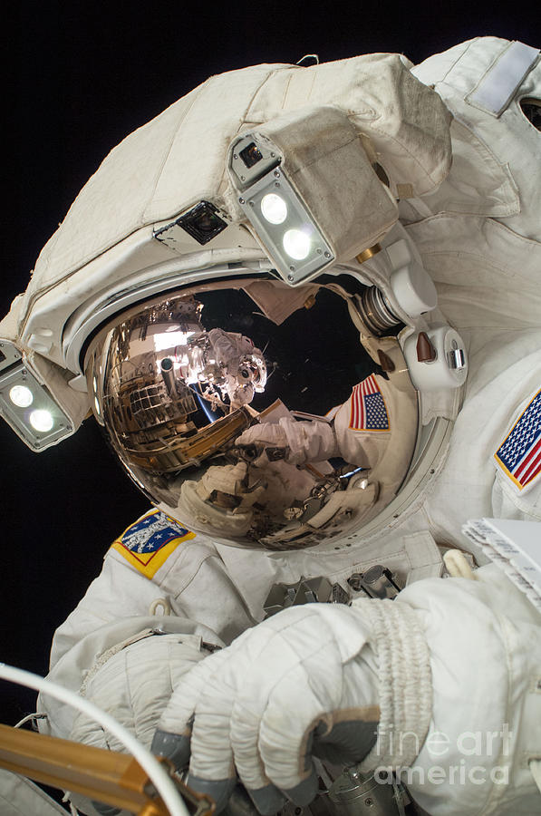 Space Photograph - Iss Expedition 38 Spacewalk by Science Source