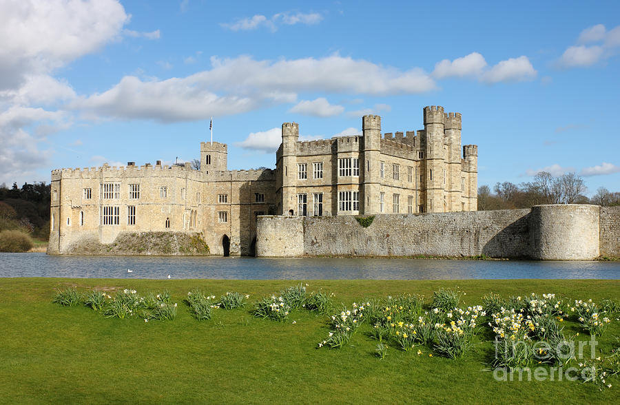 Leeds United Kingdom  city pictures gallery : Leeds Castle In Kent United Kingdom by Kiril Stanchev