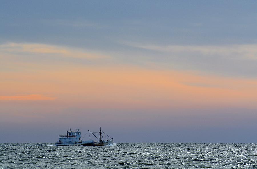 Long island sound photograph by helene dignard for Long island sound fishing