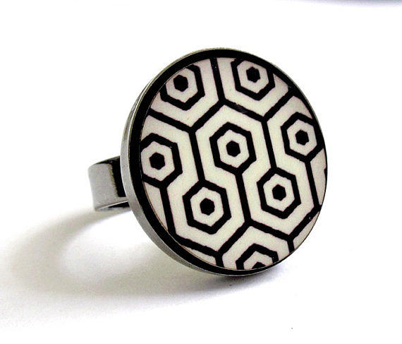 Retro Dreams In Black And White Ring Jewelry