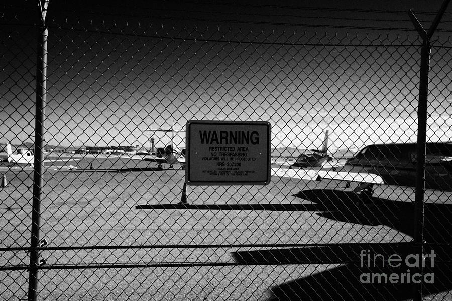 broken fence warning announcement - photo #18