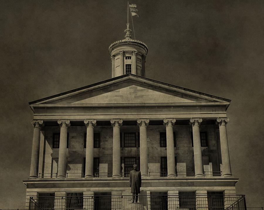 Tennessee Capitol Building Photograph - Tennessee Capitol Building by Dan Sproul