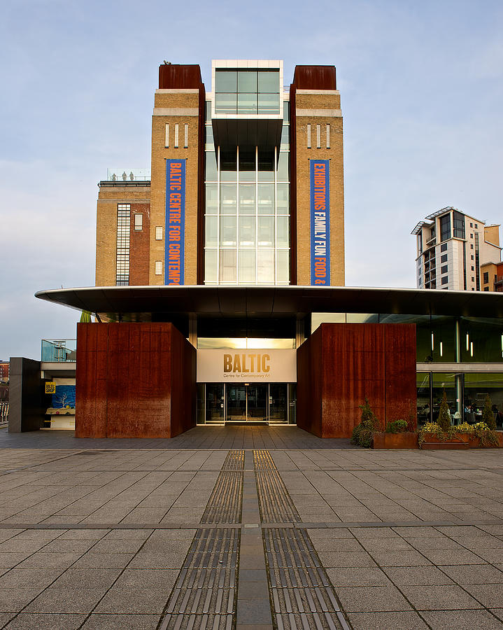 Newcastle Photograph - The Baltic - Gateshead by Stephen Taylor