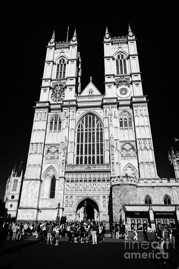reflections in westminster abbey by joseph Joseph addison born: 1  as in the walk through westminster abbey,  and is redeemed only by the finely solemn tone of its moral reflections and the singular.