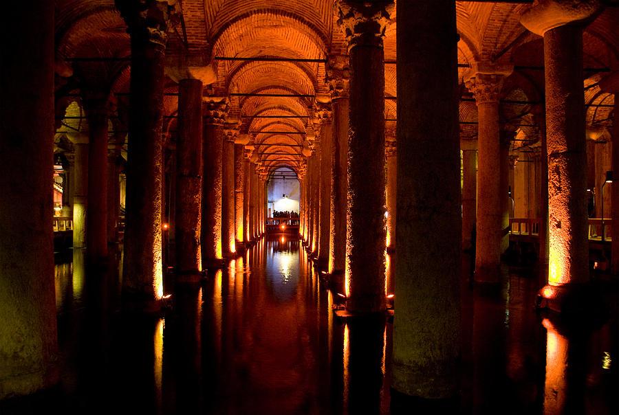 Yerebatan Sarayi Cistern Istanbul Turkey Photograph by ...