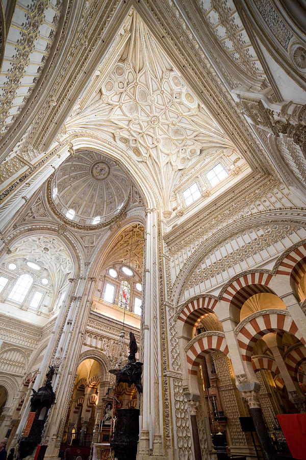 Mezquita cathedral interior in cordoba photograph by artur for Interior mezquita de cordoba