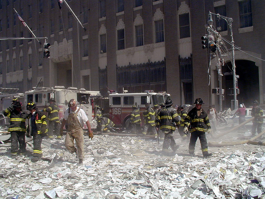 9 11 terrorist attack These primary resources include speeches, executive orders, legislative acts and debates, government fact-finding and personal and collective memorialization.