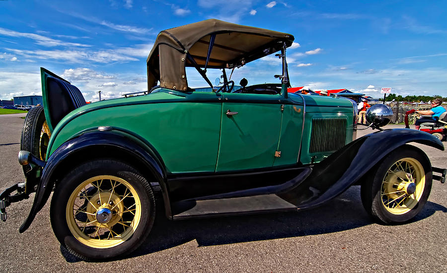 Ford Photograph - 1931 Model T Ford by Steve Harrington