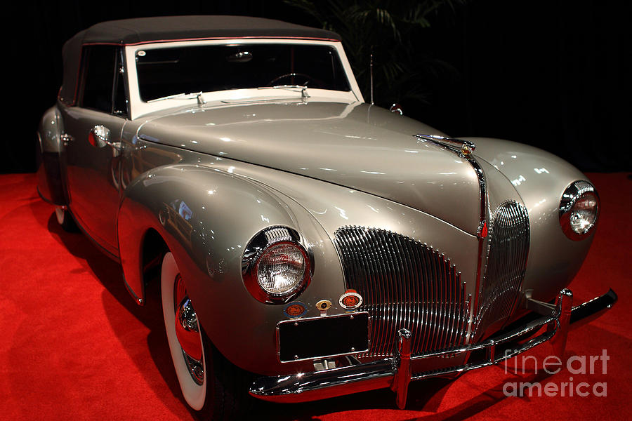 1940 lincoln continental convertible front angle. Black Bedroom Furniture Sets. Home Design Ideas