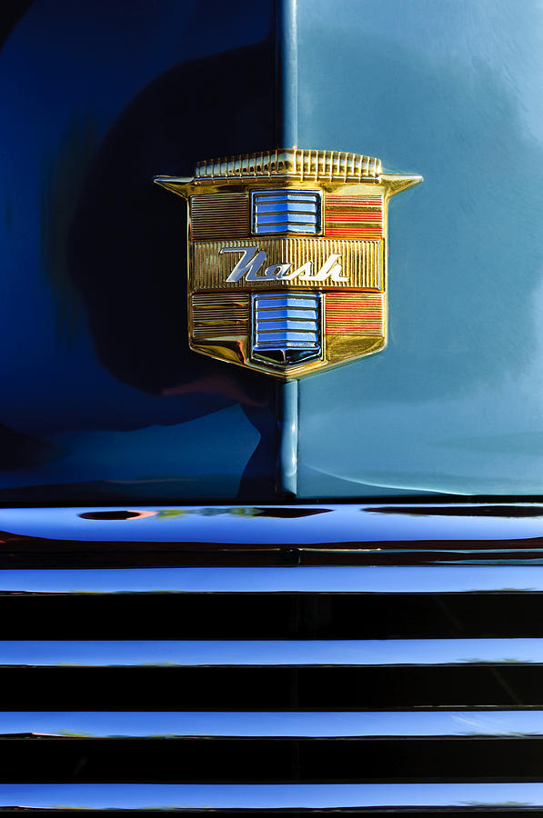 1947 Nash Suburban Photograph - 1947 Nash Surburban Hood Ornament by Jill Reger