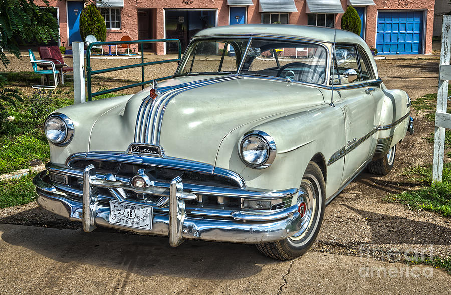 1951 Pontiac Chieftain Side View Photograph By Bob And