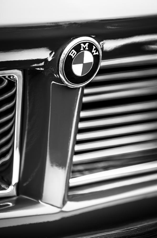 1958 Bmw 3200 Michelotti Vignale Roadster Grille Emblem -2414bw Photograph