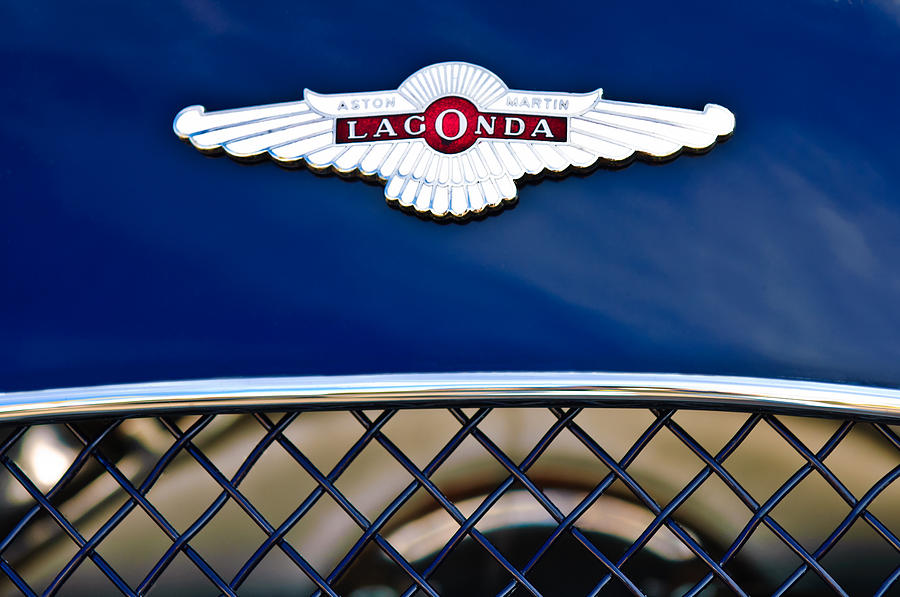 Lagonda Photograph - 1959 Aston Martin Jaguar C-type Roadster Hood Emblem by Jill Reger