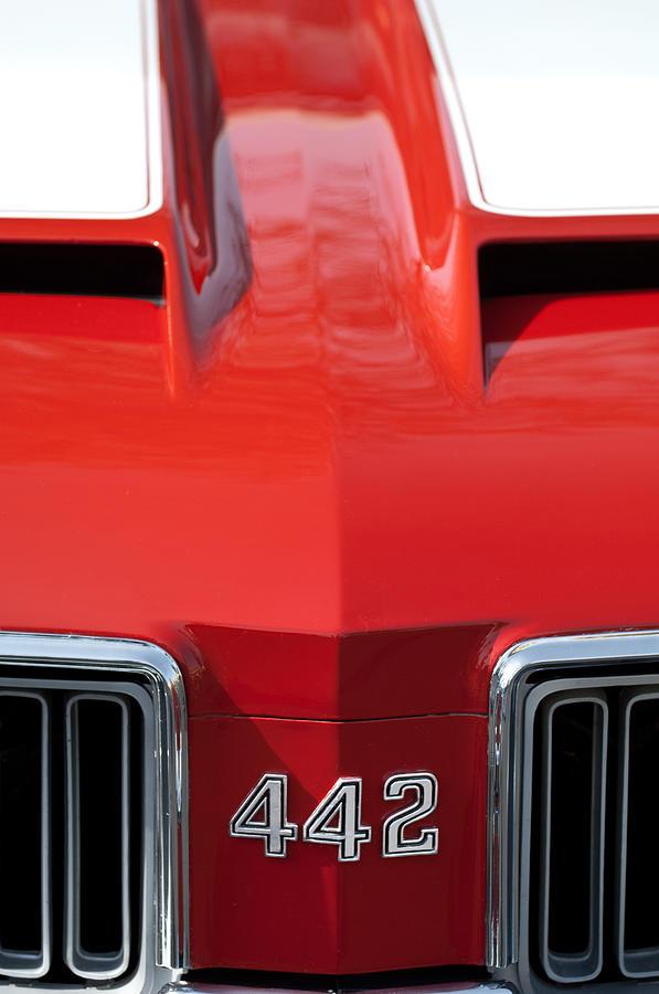 1970 oldsmobile 442 hood emblem photograph by jill reger
