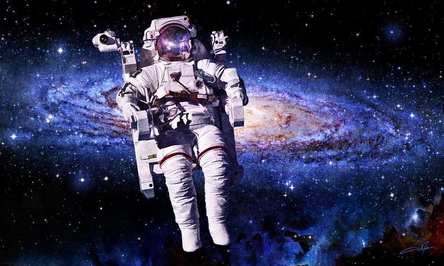 astronaut behind - photo #34