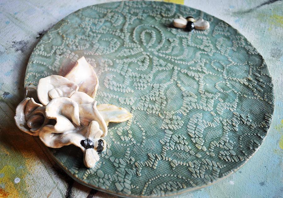 Hanbuilt Sculpture - 2 Good 2 Bee True by Amanda  Sanford