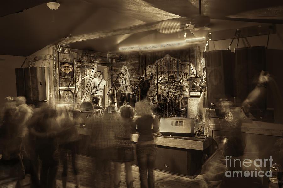 Kerri Leigh Photograph - Keri Leigh Singing At Schmitts Saloon by Dan Friend
