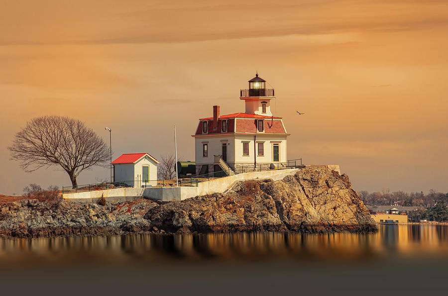 Ponham Rock Light Photograph